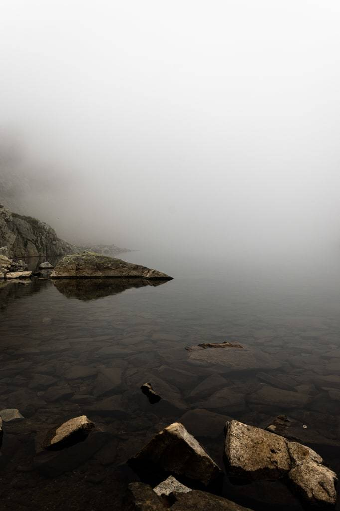 lac brume mystique