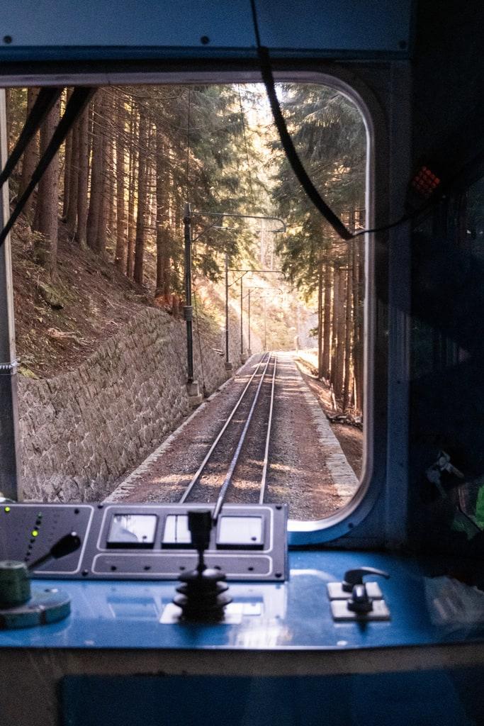 rail intérieur train