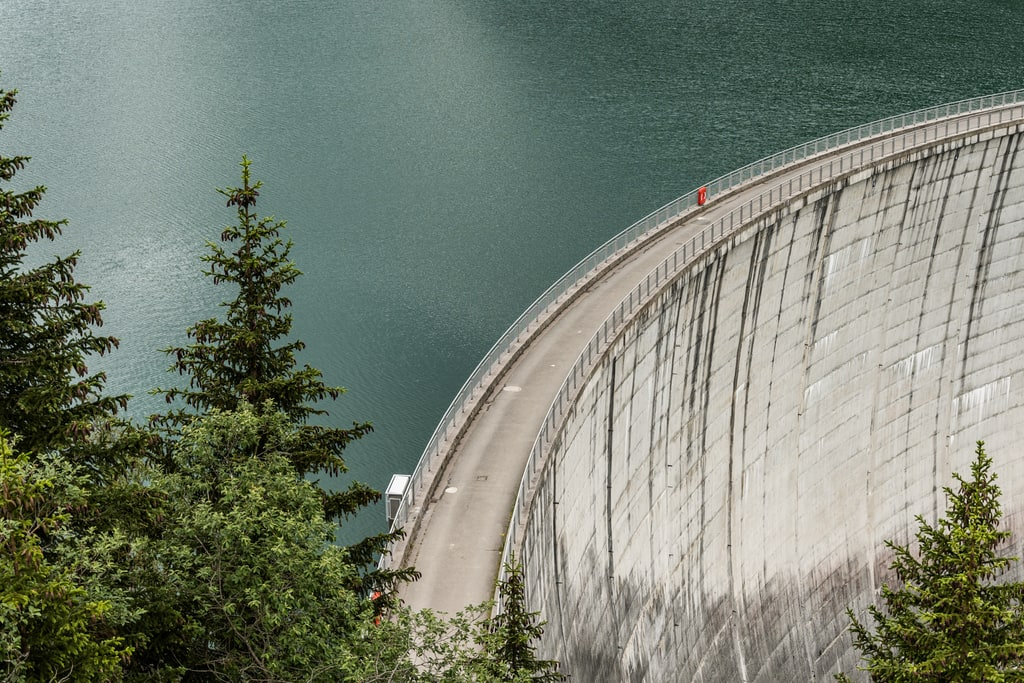 lac Guerin barrage