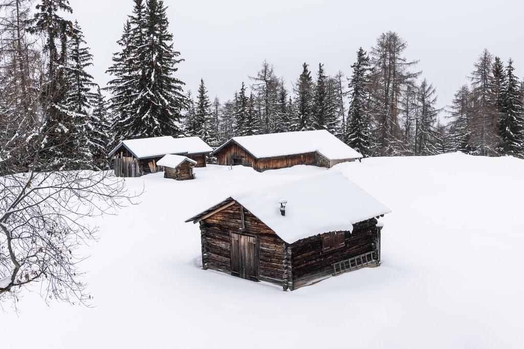 chalets en bois neige