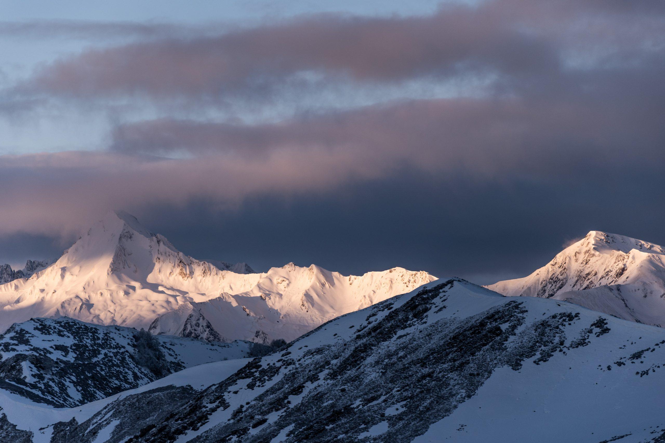 lever de soleil montagnes