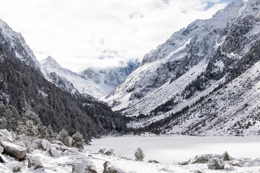 lac montagne gelé