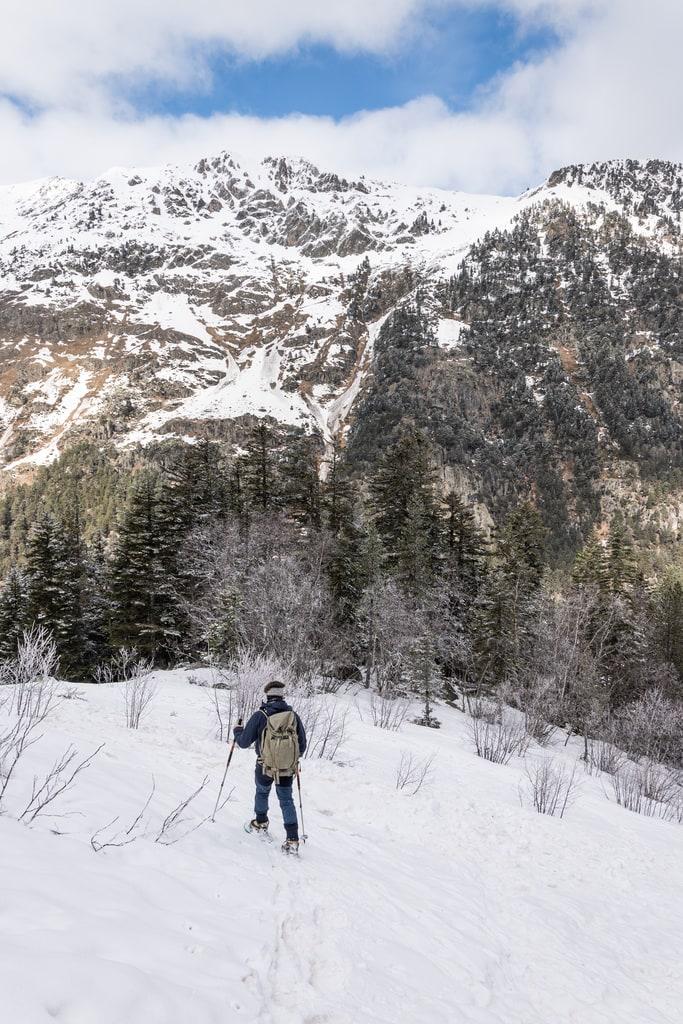 randonneur montagne neige