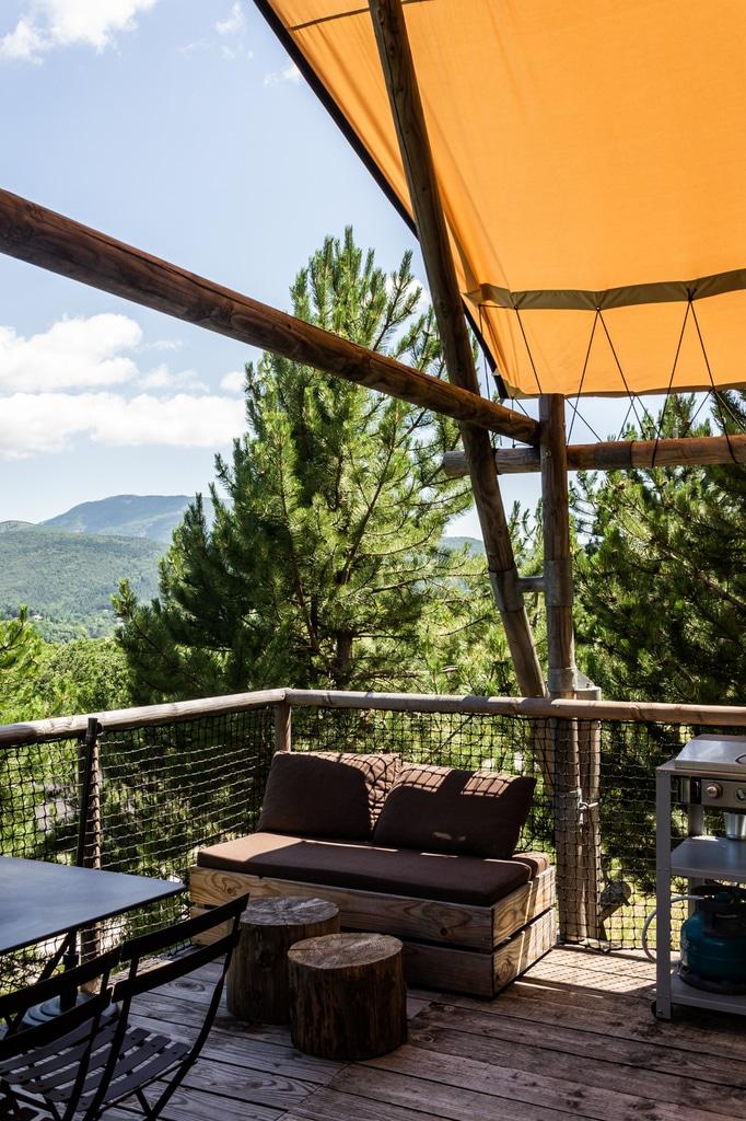 intérieur terrasse cabane