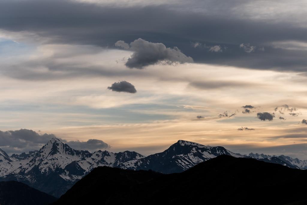 coucher de soleil montagne