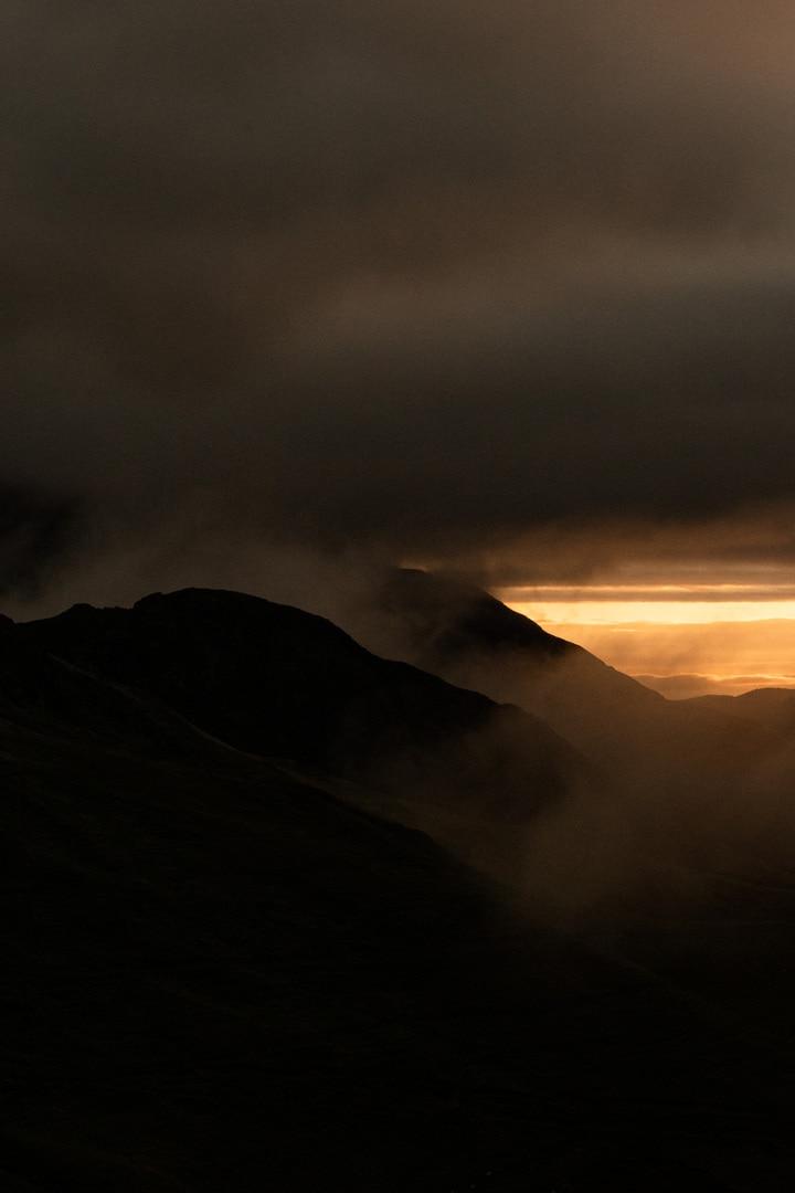 golden hour sur montagne