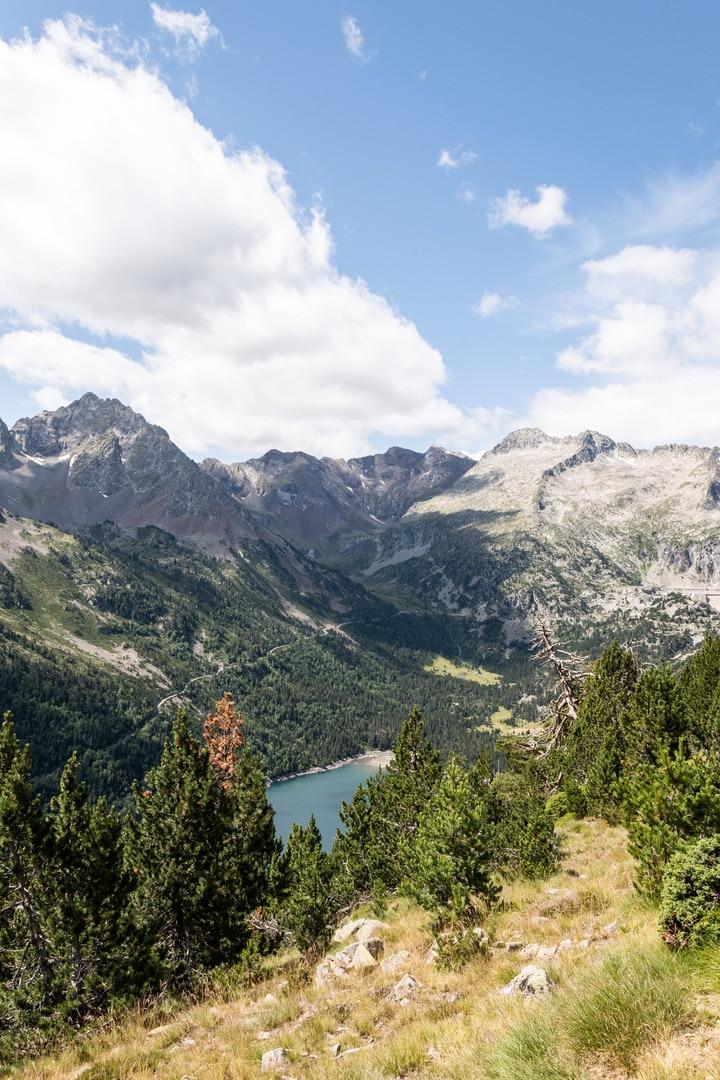 panorama montagne et lac